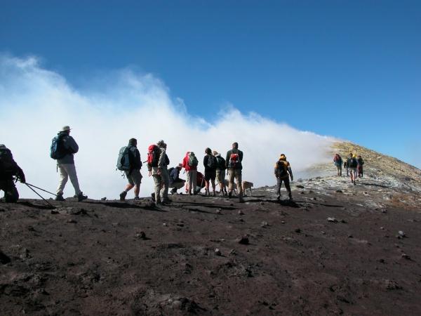 Tour Trekking nel ghiacciaio dell'Etna ITALIA