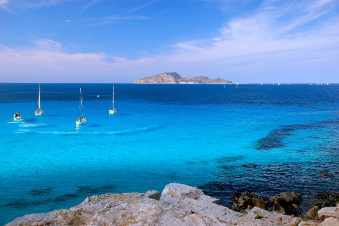 Week end Sicilia tra minicrociere Egadi e aziende vinicole