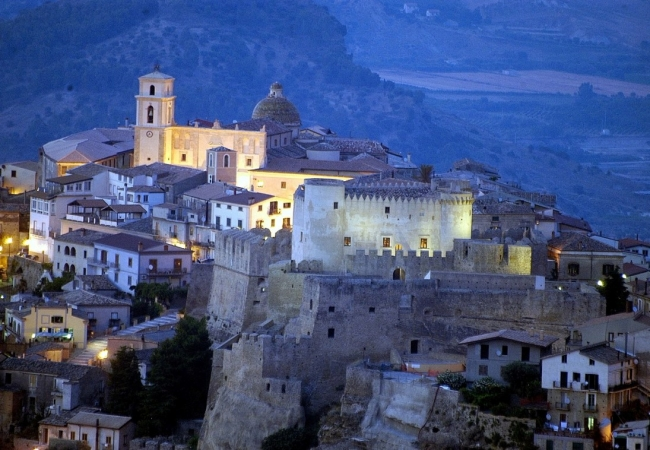 Tour Antichi Castelli della Calabria Tour in Calabria