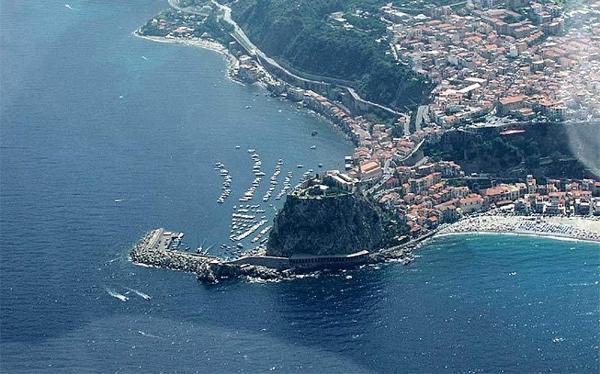 Tour tra antichi borghi della Calabria Tour Calabria - Gruppi
