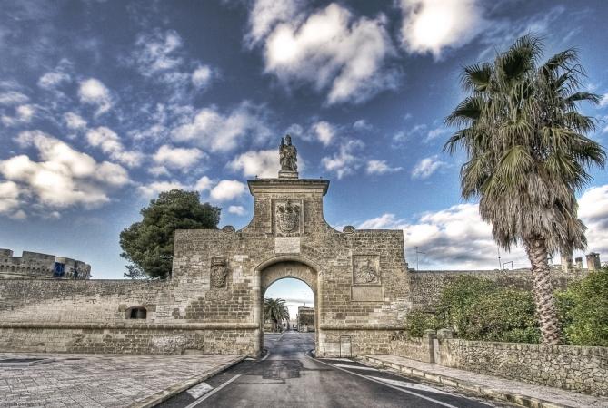 Viaggio tra i Castelli del Salento Tour in Puglia