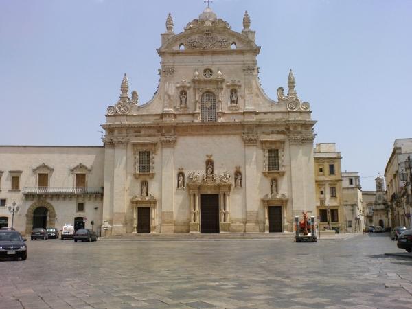 Escursione a Galatina città delle Tarantate Tour in Puglia