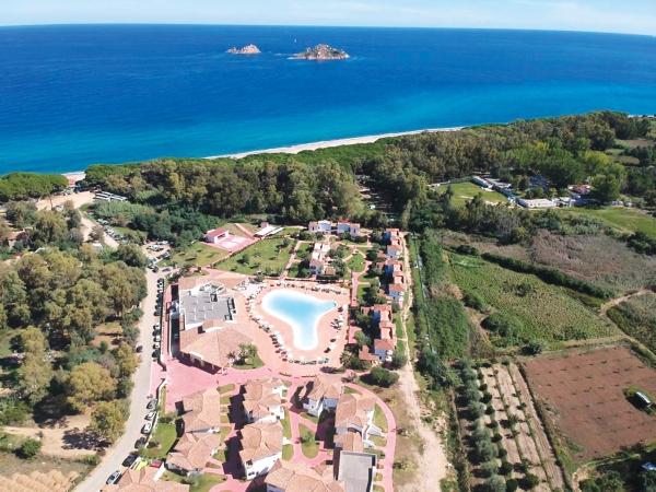 Marina Torre Navarrese Resort VILLAGGI ITALIA