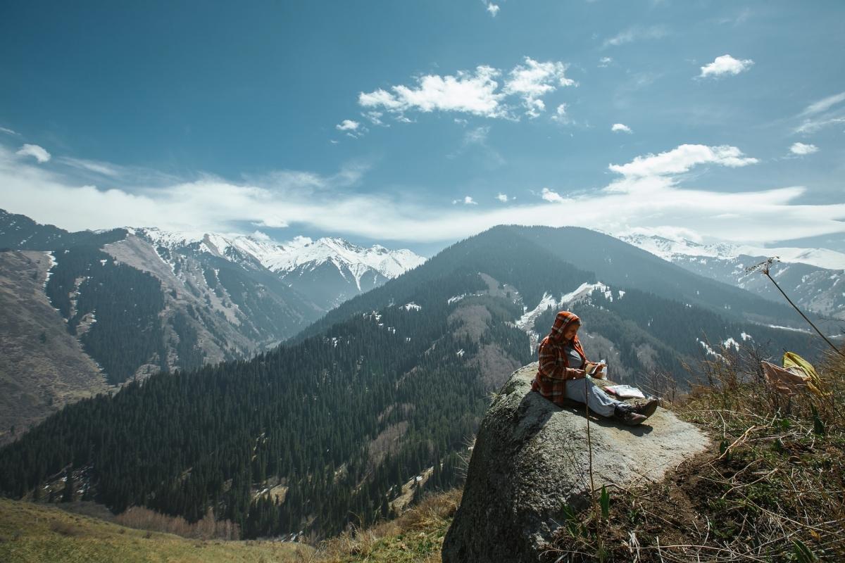 Kazakhistan: Archeologia e Natura